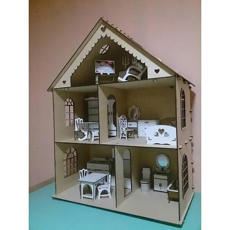 Деревянный домик для кукол с мебелью
