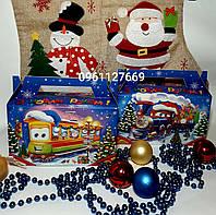 Красочная Новогодняя картонная коробка для конфет на 200-300 грм