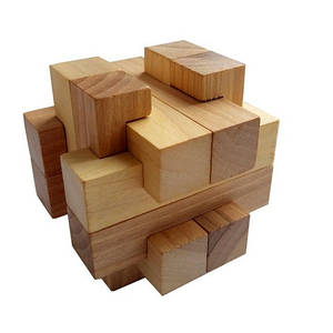 Деревянная головоломка Круть Верть Погремушка 8х8х8 см (nevg-0049)