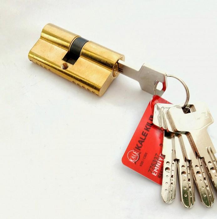Сердцевина замка двери KALE 164 BNE 40+10+40: 90 mm латунь 5 ключей