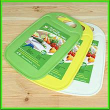 Дошка обробна пластикова L32,5*21,5 см товщина 0,4 см