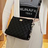 Женская классическая сумочка через плечо на ремешке черная, фото 8