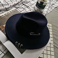 Капелюх фетровий WildJazz Федора з стійкими полями і металевим декором темно-синя