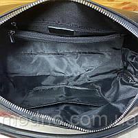 Жіноча шкіряна містка сумка середнього розміру на і через плече, фото 10