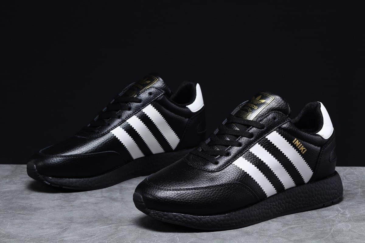 Adidas Iniki мужские зимние черные кроссовки на шнурках