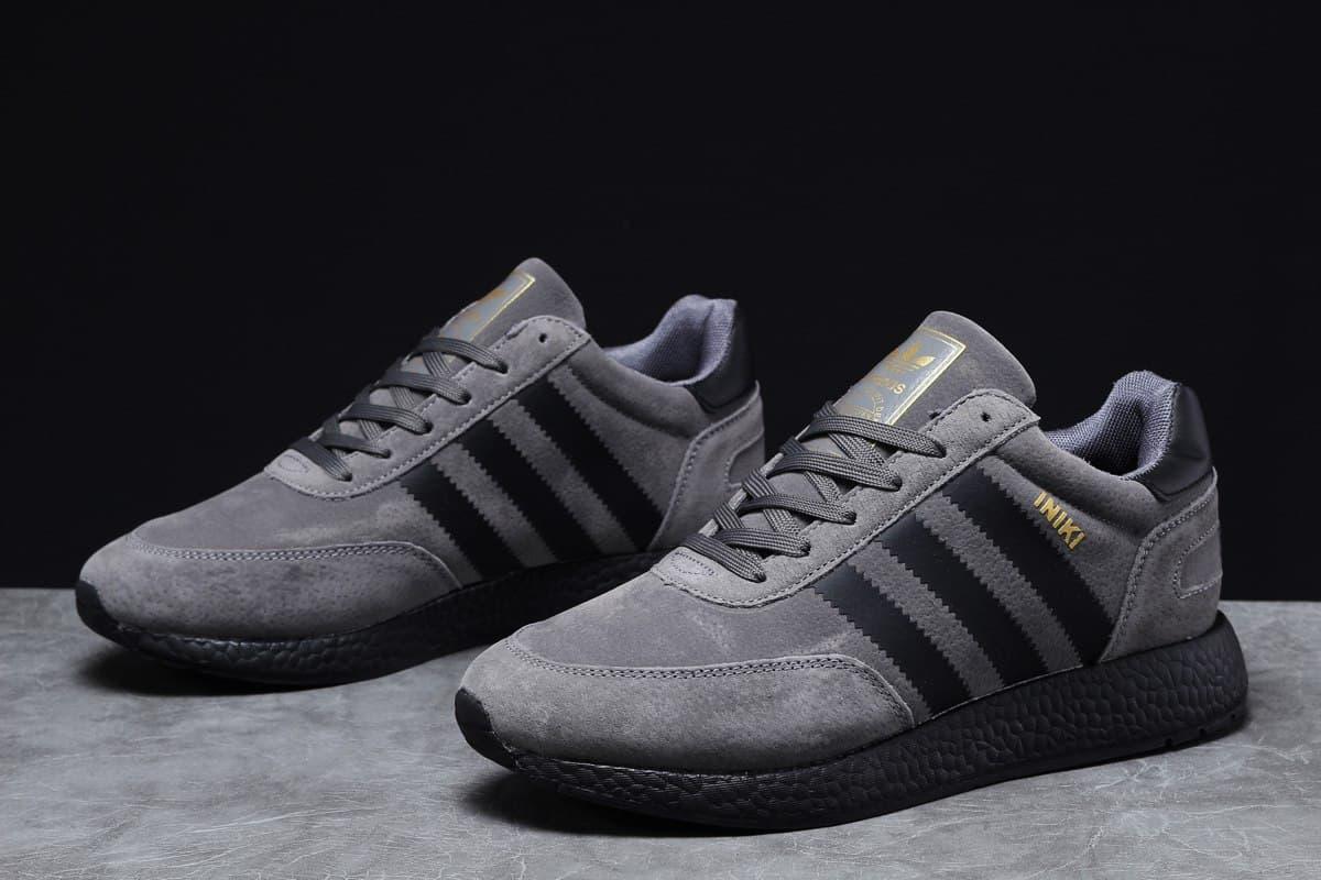 Adidas Iniki мужские зимние темно серые кроссовки на шнурках