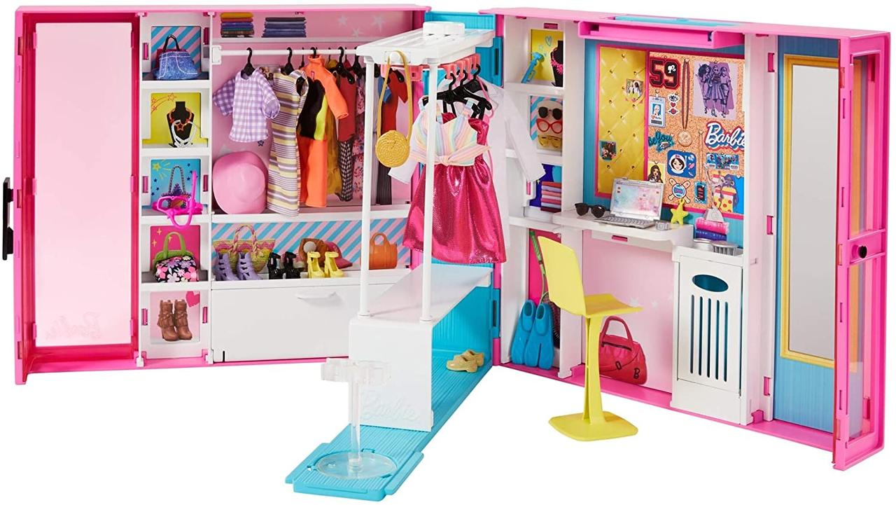 Барби Гардеробная комната 30 предметов Barbie Dream Closet with 30+ Pieces GPM43