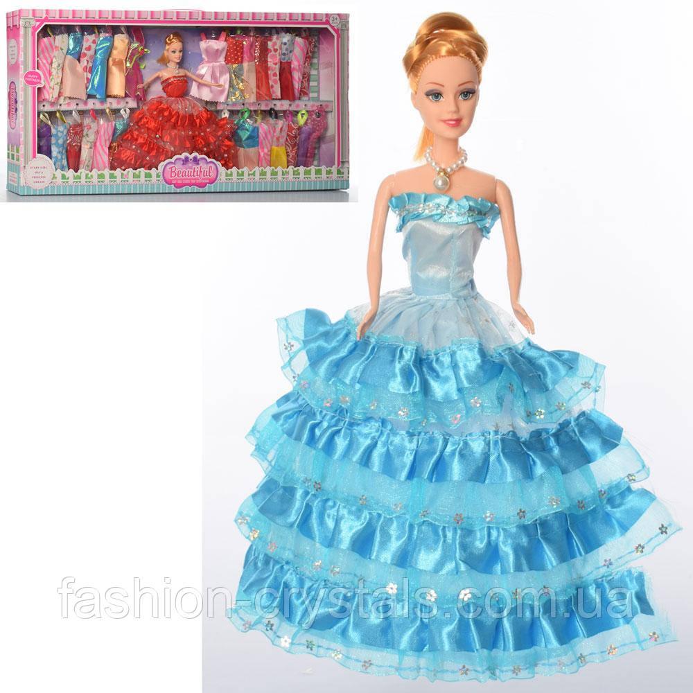 Кукла с нарядами 718