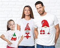 """Семейные футболки c принтом """"Гном с подарком"""""""