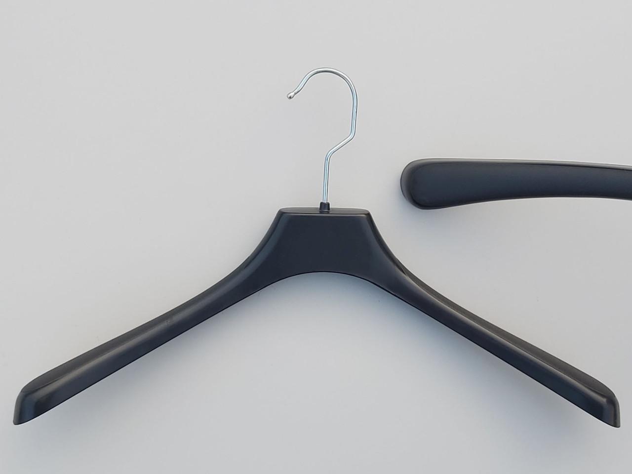 Плечики пластмассовые  №3 черного цвета, длина 41 см