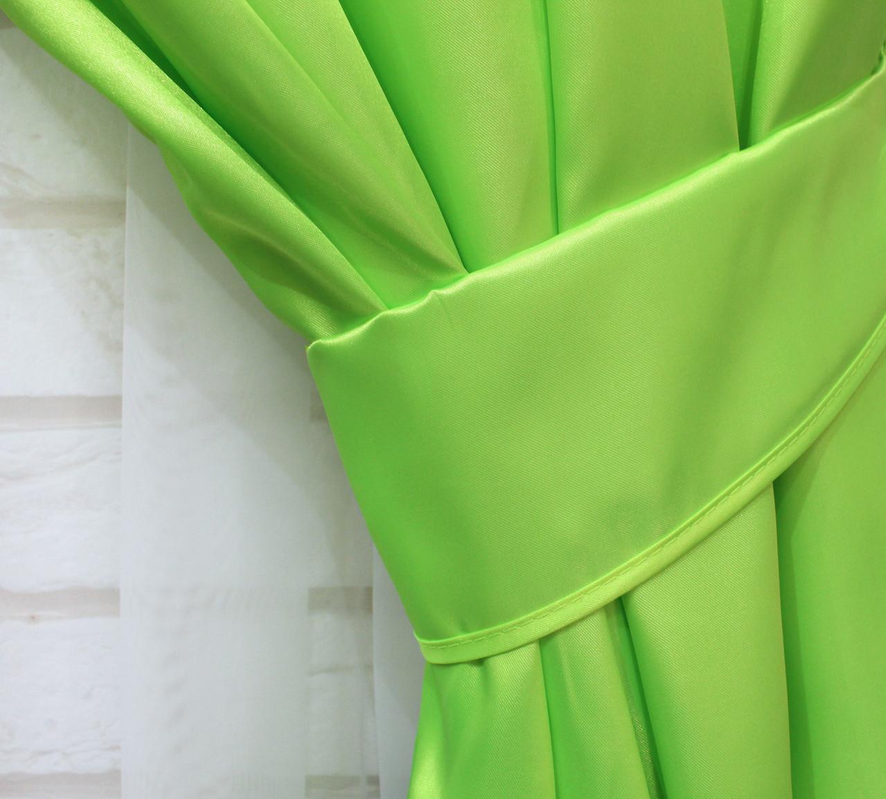 Однотонная ткань атлас. Ширина в рулоне 1,5м. Цвет салатовый. 017ша