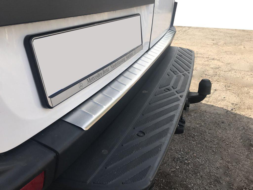 Накладка на бампер задний МАТОВАЯ (Omsa, нерж.) Mercedes Sprinter 2006-2018 гг. / Накладки на задний бампер