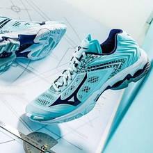 Кросівки для волейболу жіночі