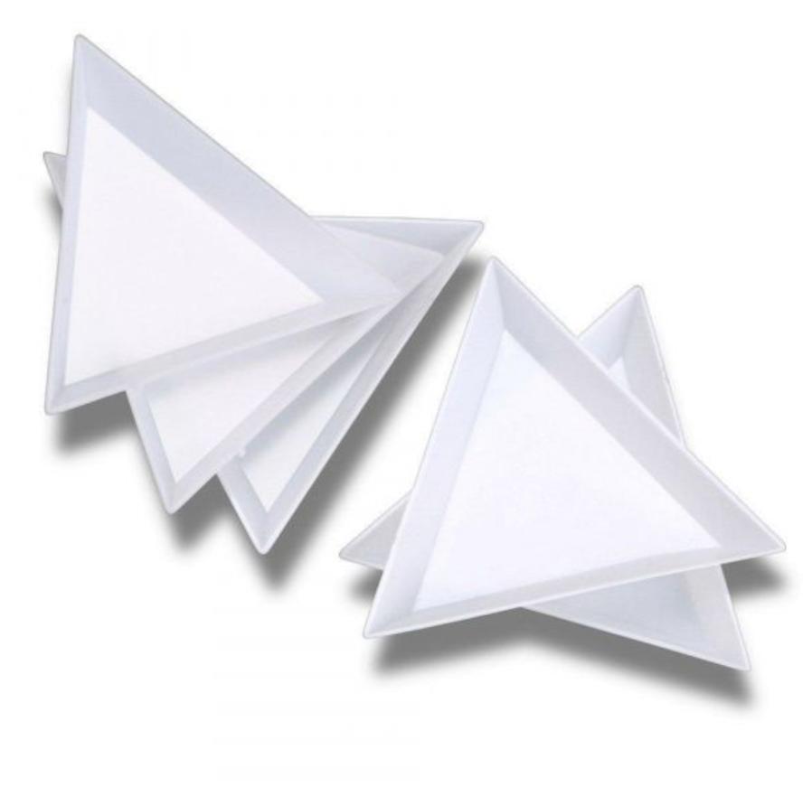 Треугольник - контейнер для работы с декором