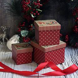 Новогодние коробки и пакеты