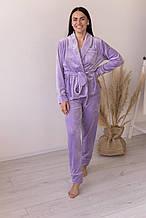 Велюровый домашний костюм-пижама с поясом в цвете лаванда