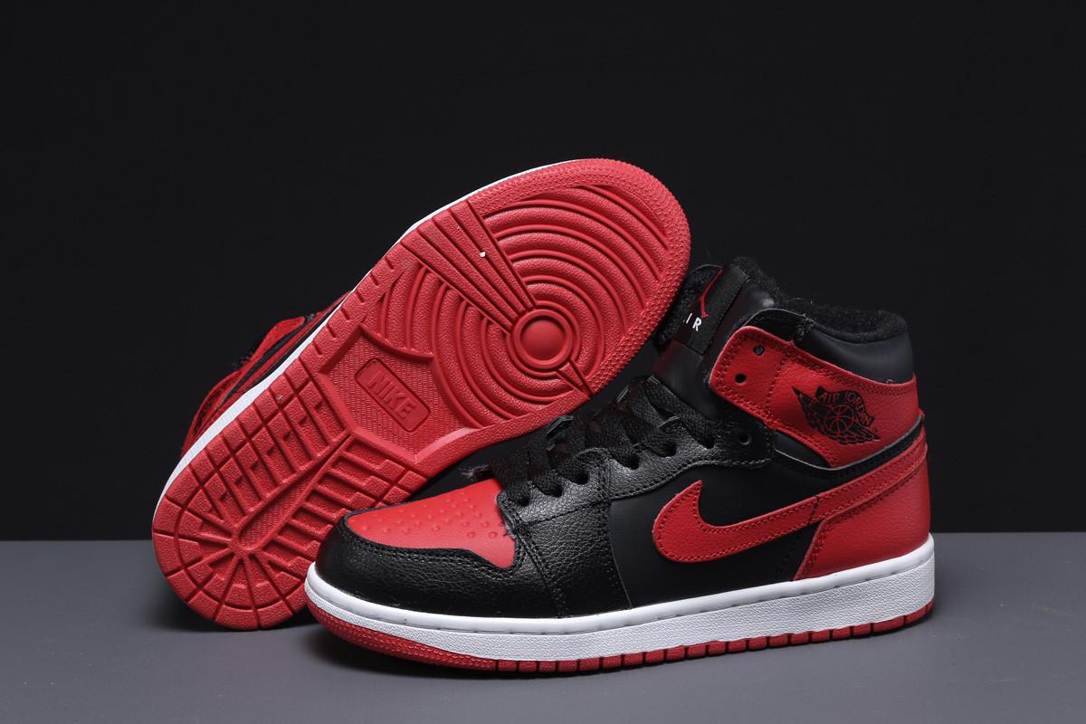 Зимние женские кроссовки Nike Air Jordan (на меху) черные  38