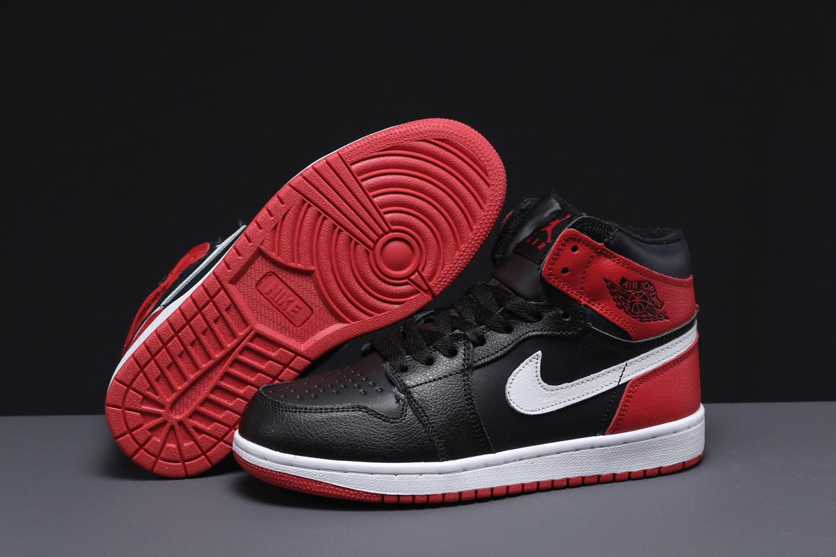 Зимние женские кроссовки Nike Air Jordan (на меху) черные