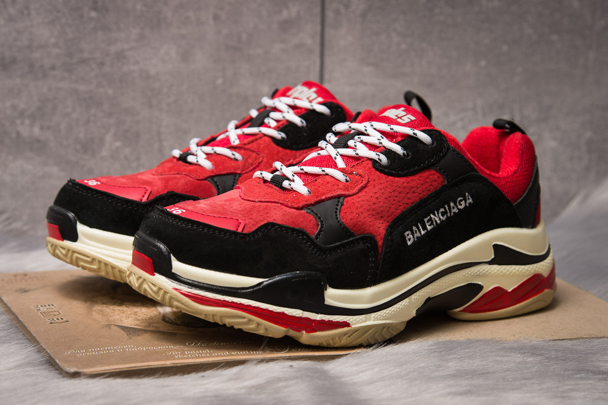 Кроссовки женские Balenciaga Triple S красные