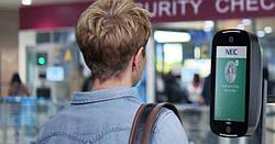 Как биометрическая технология может облегчить бесконтактное путешествие пассажиров после пандемии COVID-19