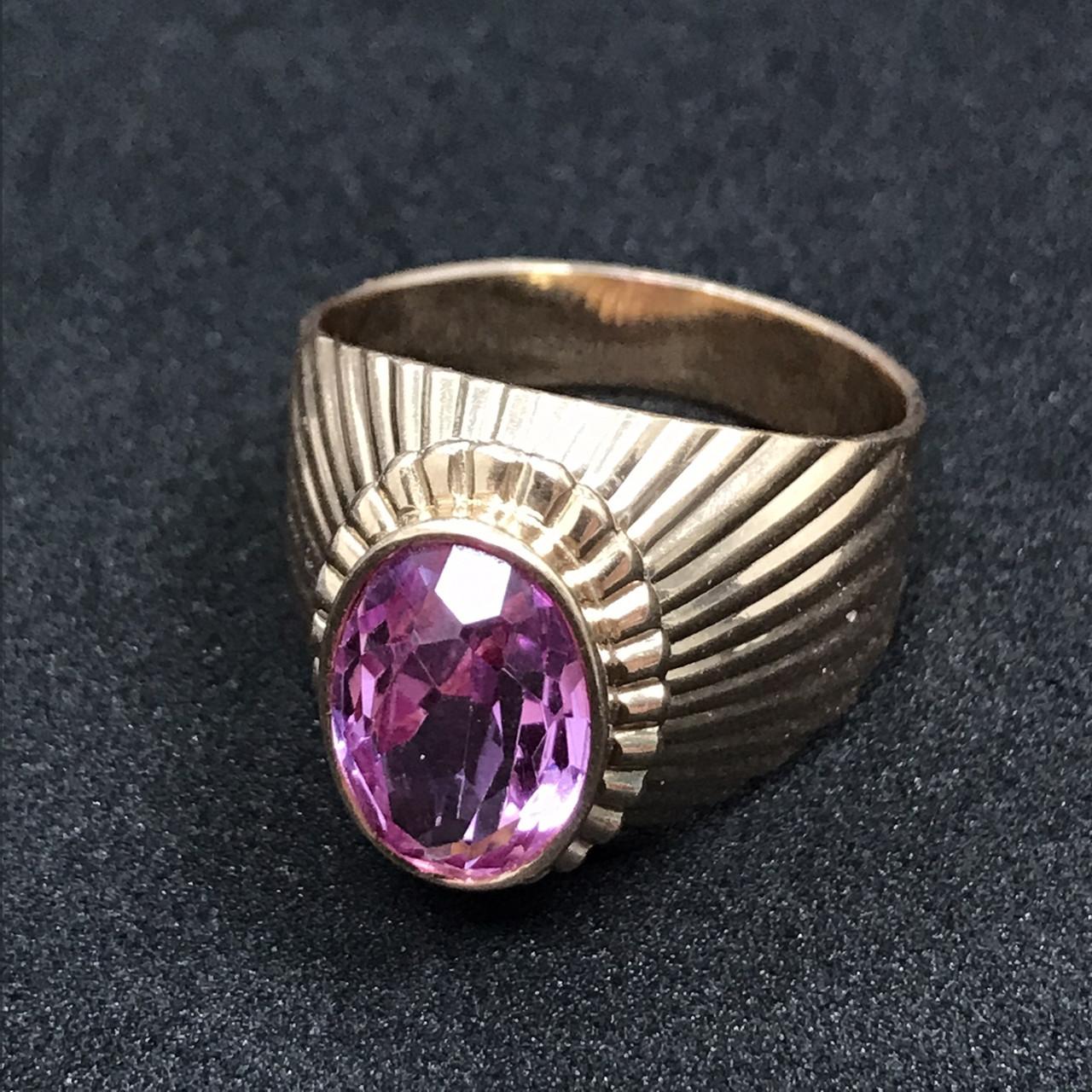Золотое кольцо с фианитами 583 пробы, вес 8,18 г. Б/у. Продажа по Украине