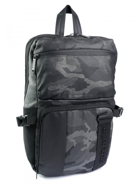 Рюкзак городской нейлон Case B00096 черный