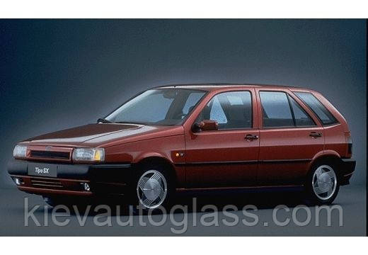 Лобовое стекло на FIAT TIPO