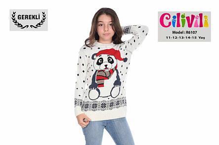 Вязаный новогодний свитер на девочек 11-15 лет Любимая панда, фото 2