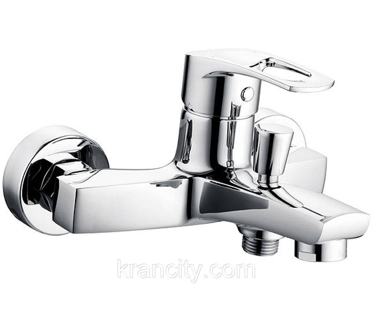 Смеситель для ванны однорычажный FERRO BRADO BBO1,кран польский для ванны