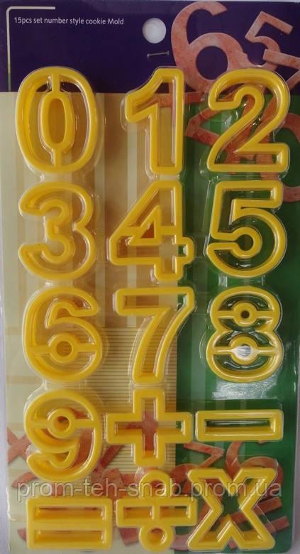 """Набор пластиковых каттеров """"Цифры"""""""
