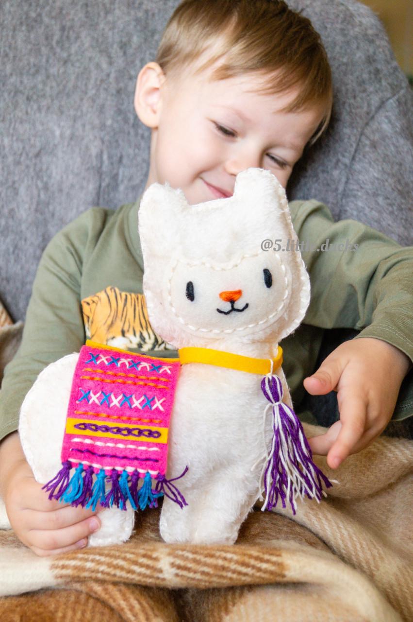 Творческий набор  для шитья мягкой игрушки Лама Avenir