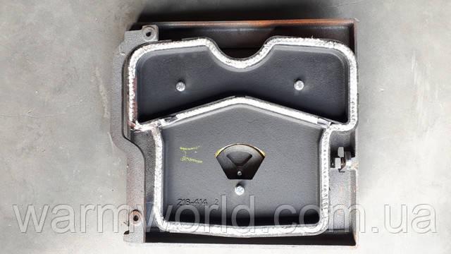 Крепление верхней дверцы котла Viadrus к корпусу с помощью планки