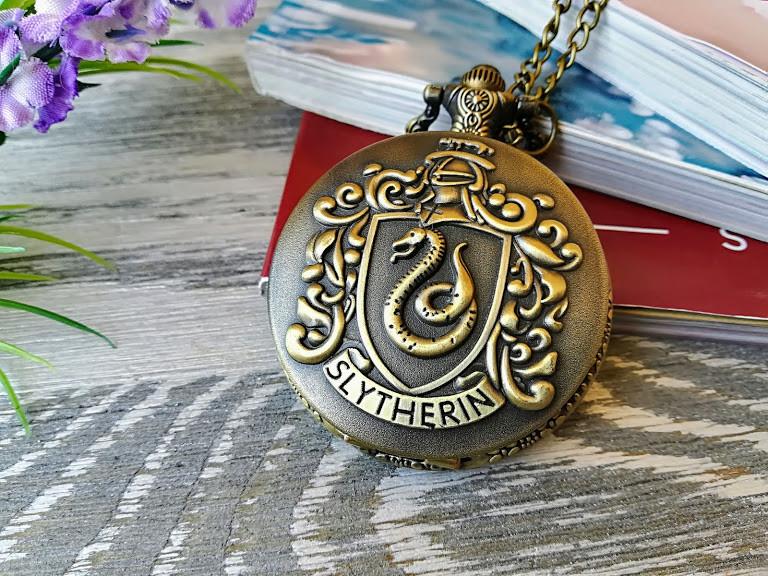 Часы  Хогвартс Гарри Поттер  факультет Слизерин Harry Potter