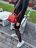 Женская кожаная сумка размером 25х19х12 см Красная (01136), фото 2