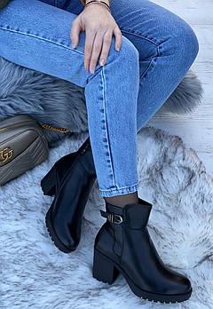 Ботинки женские зимние 6 пар в ящике черного цвета 36-41