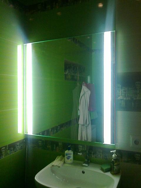 Зеркало косметическое с подсветкой на светодиодах