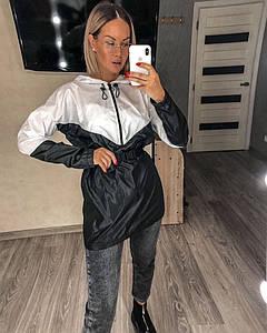 Жіноча спортивна куртка вітровка анорак
