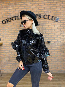 Куртка жіноча лакова