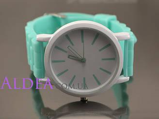 Часы наручные Geneva Круглые белый фон, ментоловый ремешок