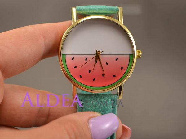 Часы наручные Арбуз, ментоловый ремешок