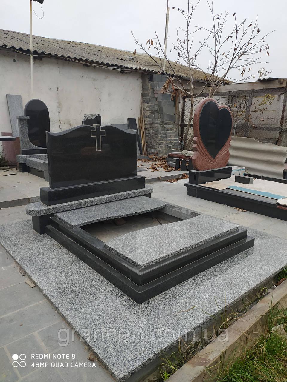 Памятник из гранита №058
