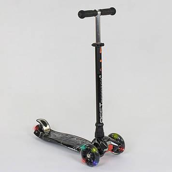 Черный трехколесный самокат для мальчика от 3-х лет Самокат кикборд Очень устойчив Светящиеся колеса