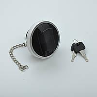 Крышка б/бака TIR черная Турция 051060 Д=60мм/под ключ/с цепочкой(пластиковая) DAF-SCANIA