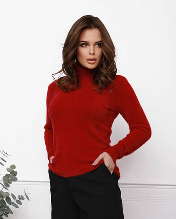 Красный теплый женский свитер-травка с высоким горлом