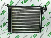 Радиатор охлаждения двигателя HYUNDAI Accent с 2003г. grog Корея