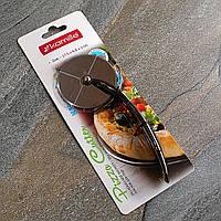Нож для пиццы 17.5 см из цинкового сплава с TPR-вставкой на ручке Kamille