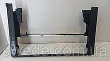 Кронштейн радиатора BMW F10 3.0 TDI 2013 гг 17107804617