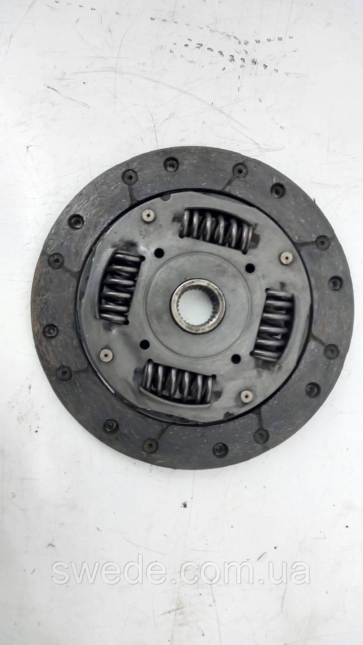 Диск сцепления Skoda Volkswagen 1.0 mpi 2012 гг 04C141031A