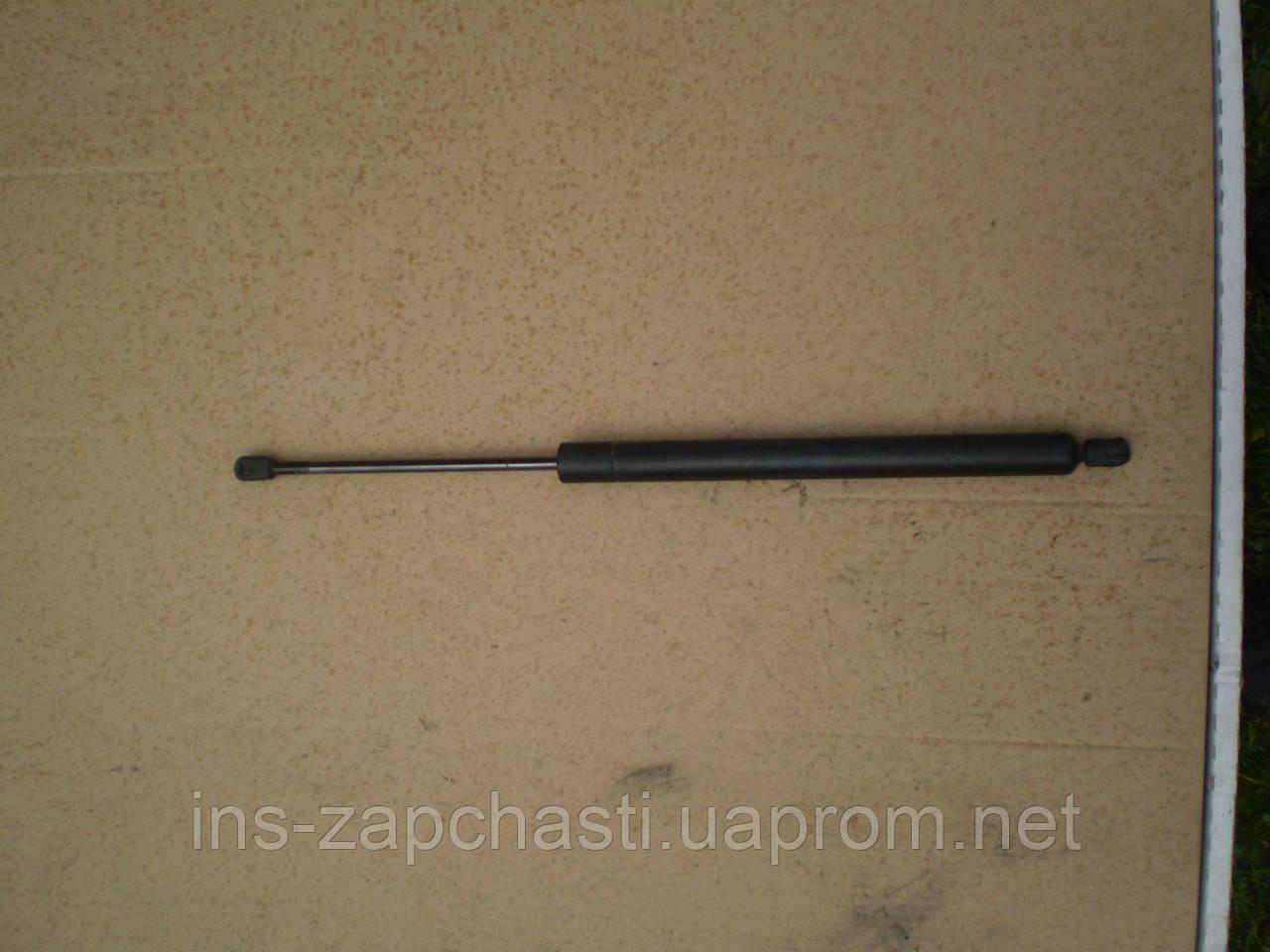 VAG 7M0 827 550 D Амортизатор багажника, газовый Alhambra Sharan Galaxy