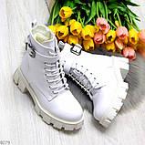 Трендовые высокие белые женские зимние ботинки на молнии + шнуровка, фото 2